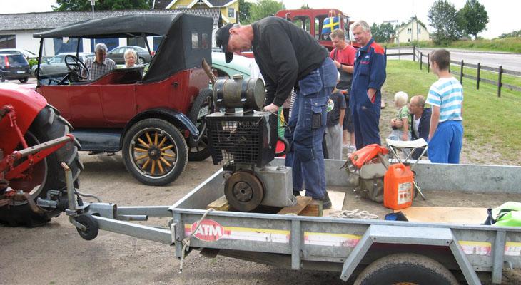 Lasse P hade en motor med sig som drog blickarna åt sig.