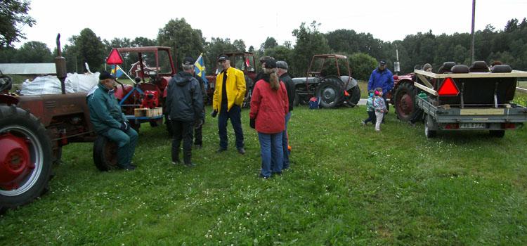 Det var en kylig eftermiddag då vi samlades hos Åke i Håkanhult.