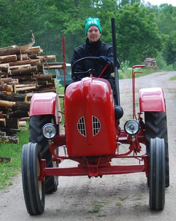 8_traktor
