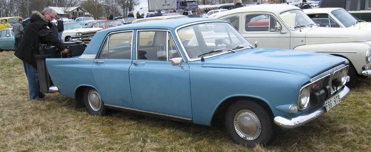 Det var ju också en del som tänkte på alternativt bränsle...här kommer en Ford Zephyr -62 med gengas.