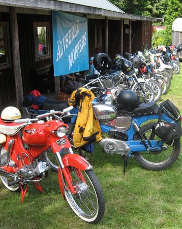 Älvsereds Moppers hade försett Gold City med mopeder!