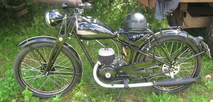En fröjd var det att vila ögonen på denna motorcykel.